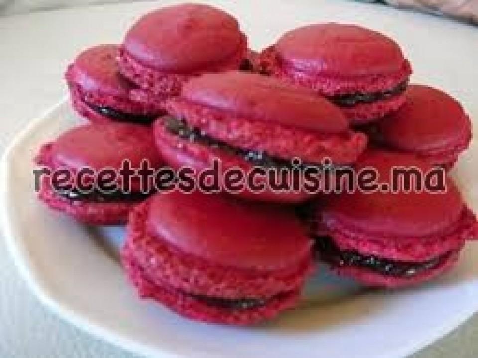 Macarons à la meringue française – ماكرون بالمورانك الفرنسية
